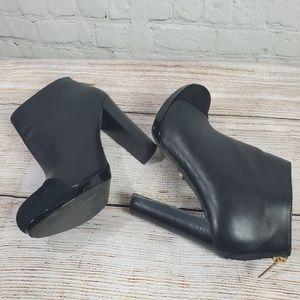 Victoria Secret Super Cute Leather Booties